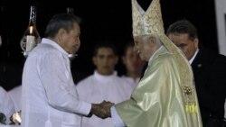 Benedicto XVI visitó la isla del 26 al 28 de marzo, donde habría hecho la solicitud al gobierno, que finalmente accedió.