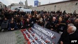 Акция памяти жертв Геноцида армян в Османской империи в Стамбуле, 24 апреля 2011