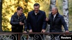 Rossiya prezidenti Vladimir Putinning aytishicha, Ukrainaga moliyaviy yordam berishdan maqsad qardosh davlatni qarz girdobidan qutqarish.