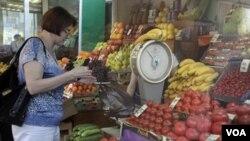 Un grupo agrícola español dijo que sus agricultores podrían perder $287 millones de dólares por semana.