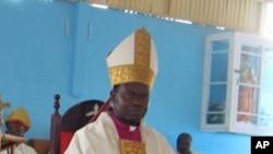 Dom Dionisio Hisilenapo, Bispo Namibe