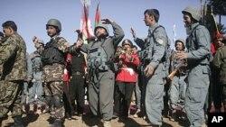 Upacara transfer keamanan dari pihak koalisi ke pasukan Afghanistan di Qalay-e-Naw, provinsi Badghis (foto: dok).