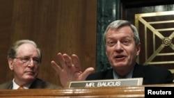 Демократ Макс Бокус предлагает отменить поправку Джексона-Вэника