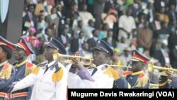 Ingendo z'umunezero wo kwigina intahe yo kwikukira mu kibanza citwa Independence Square, ku murwa mukuru Juba, kw'igenekerezo ry'icenda ry'ukwezi w'indwi, mu mwaka w' 2014