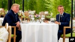 Shugaban Amurka Donald Trump (hagu) da shugaban Faransa Emmanuel Macron (dama)