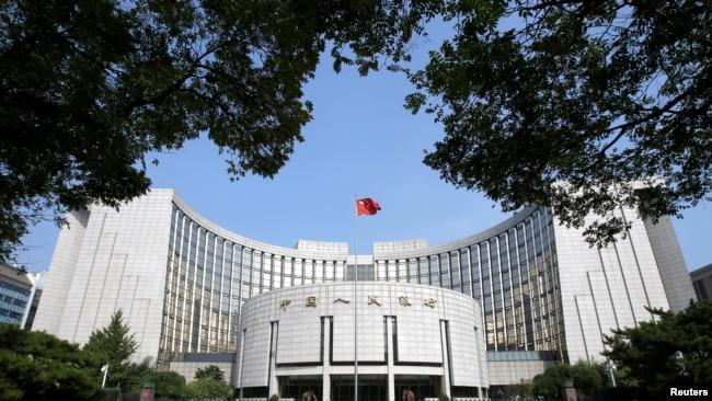 应对贸易战 中国央行行长称还有政策工具可用