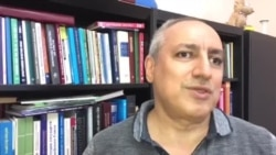 Fuad Ağayev danışır