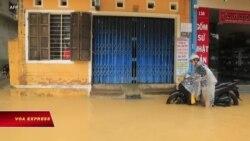 Lũ lụt Việt Nam: Đại sứ quán Mỹ chia buồn, viện trợ trăm ngàn đô