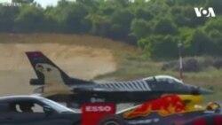 رقابت سرعت بین موترسایکل، موتر و طیاره