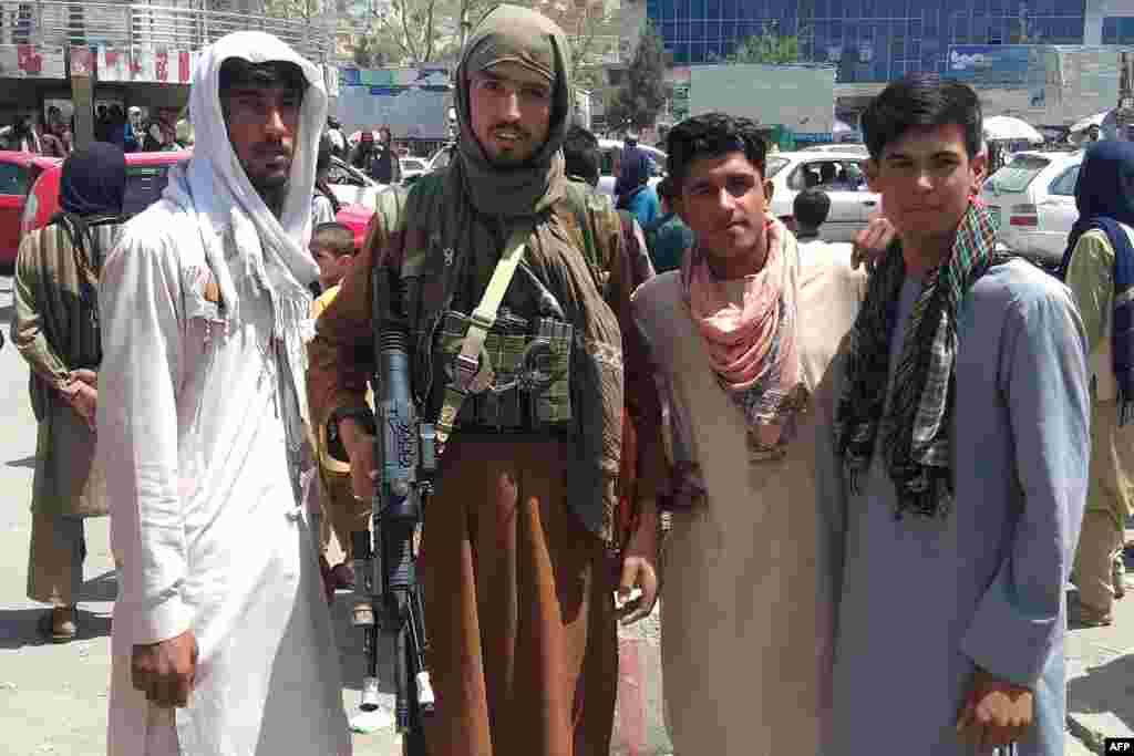 Taliban döyüşçüləri Bağlan vilayətində