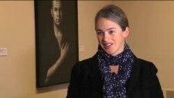 """مسوول نمایشگاه """"راویه"""" در واشنگتن: بعضی آثار به شدت تکان دهنده بود"""
