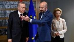 Cumhurbaşkanı Recep Tayyip Erdoğan ve AB Konsey Başkanı Charles Michel