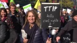 Trade Pact Critics March in Berlin