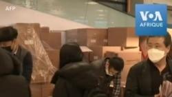 Coronavirus : les Sud-Coréens font la queue pour recevoir des masques