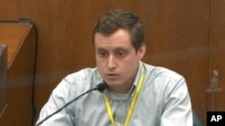 Doktor Brendrod Langefeld svjedoči na suđenju bivšem policajcu Dereku Chauvinu u Mineapolisu, 5. aprila 2021.