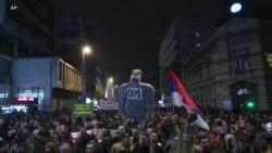 Protesta kundër presidentit serb në Beograd