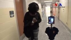 Hasta Öğrencinin Yerine Derse Giren Robot