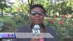 Ayiti: Premye Dam Repiblik la Distribye Materyè Eskolè Bay Plizyè Timoun nan Delmas