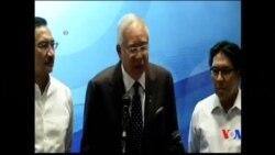 2014-03-16 美國之音視頻新聞: 馬來西亞警方搜查失蹤飛機正副機長住所