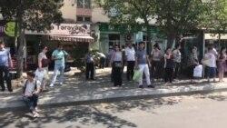 Qara Qarayev metro stansiyasının qarşısı