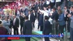 نخست وزیر سابق ترکیه سوگند خورد و به جمع نمایندگان پیوست