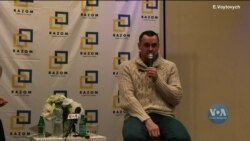 Український режисер та активіст Олег Сенцов зустрівся у Нью-Йорку з українською громадою. Відео
