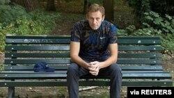 Pemimpin oposisi Rusia Alexei Navalny di Berlin, Jerman di mana dia menjalani perawatan medis.