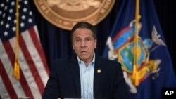 El gobernador del estado de Nueva York, Andrew Cuomo, lamentó que el Congreso se mueve por intereses políticos.