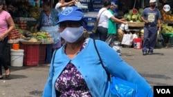 En Nicaragua luchan en medio de la crisis económica y política por subsistir y buscar alimentos. [Foto: Daliana Ocaña/VOA].