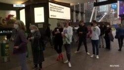 New York'ta Uzun Oy Kuyrukları