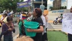 Venezolanos protestan por crisis en servicio de agua potable