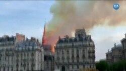 Notre Dame Katedrali'nin Sivri Kulesinin Çökme Anı