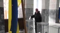 烏東親俄份子舉行有爭議選舉投票