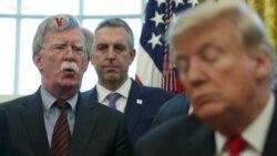 """John Bolton Tuduh Presiden Trump """"Tidak Stabil""""; Trump Sebut Bolton Pembohong"""