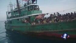 罗兴亚难民船暂入印尼水域