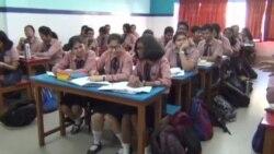 ভারতে স্কুল শিশুদের ব্যাগের ওজন কমানোর নির্দেশ ঃ খুশি সবাই