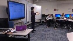 Gallaudet, jedini fakultet u svijetu za gluhe ima i strane studente