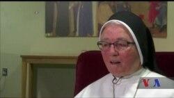 Пісні у виконанні цього хору монахинь очолили хіт-парад класичних і святкових мелодій Billboard. Відео