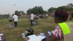 烏干達選舉星期五繼續投票