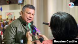 """El diputado oficialista Wilfredo Navarro ha señalado que en Nicaragua """"abunda la liberta de prensa"""", pese a lo que dicen organizaciones nacionales e internacionales. [Foto: Houston Castillo]"""
