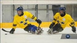 Санний хокей – вид спорту для людей із обмеженими можливостями. Відео