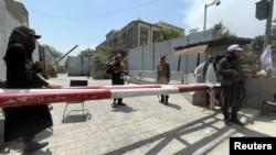 کابل میں معمولاتِ زندگی بحال ہورہے ہیں لیکن بازاروں میں گہما گہمی نہیں۔