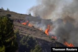 لبنان کے اندر سے اسرائیلی علاقے میں راکٹ فائر ہونے کے بعد کئی جگہوں پر آگ لگ گئی۔ 5 اگست 2021