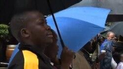 南非人不上班观看曼德拉追悼会