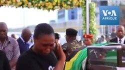 Les Tanzaniens font leurs adieux à la dépouille de John Magufuli