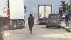 Malgré le coronavirus, ces jeunes Marocains aspirent à se glisser en Espagne
