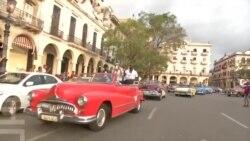 Мадонна празднует день рождения на Кубе, а Кендалл Дженнер отбивается от назойливых поклонников