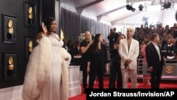 Singer Lizzo arrives at the 62nd annual Grammy Awards at the Staples Center, in Los Angeles, California, Jan. 26, 2020.