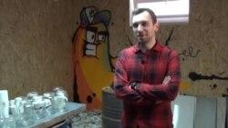 Адреналинска терапија со кршење: Отворена анти-стрес соба во Скопје