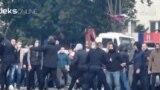 Kosova'da Etnik Sırplar ve Polis Karşı Karşıya